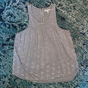 AE gray tank with silver arrow pattern